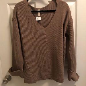 Cuffed sleeve v neck sweater